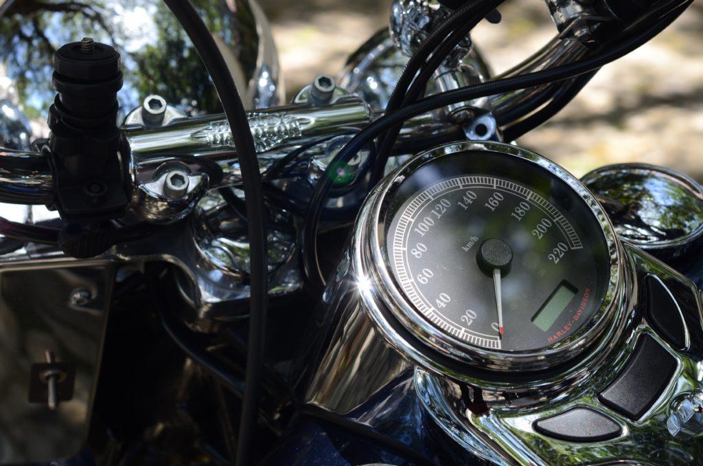 バイクのメーター