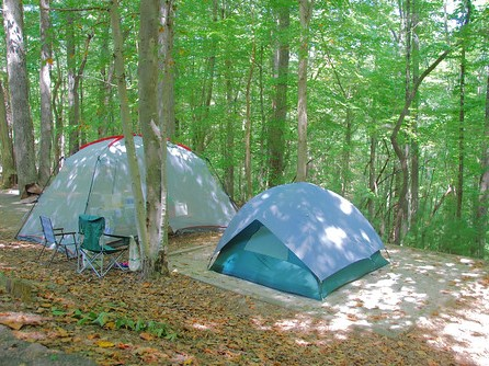 山の中に設営したテント